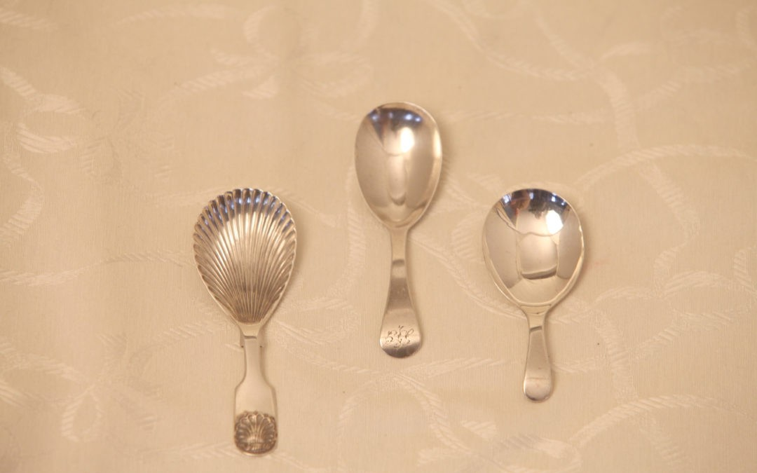3 caddy spoons