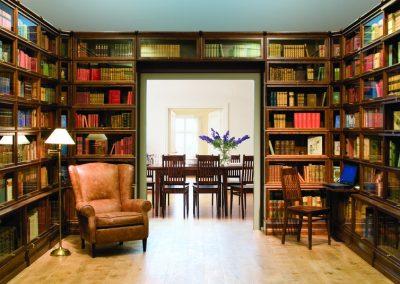 Bookcase-with-corner-sections-boknas-dunkelbraun-00381