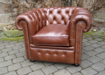 Chesterfield-Chair-Fleming-and-Howland-William-Crackle-Brown-00499